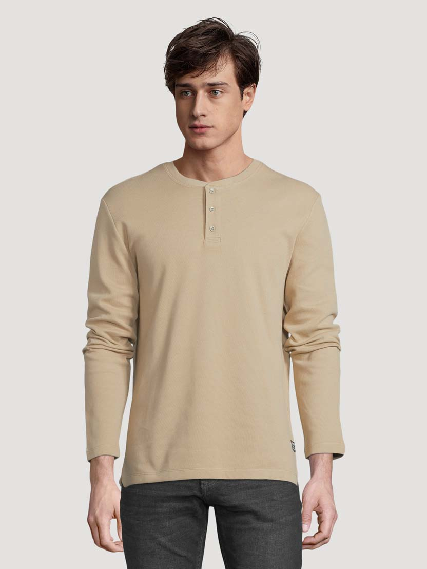 Majica z dolgimi rokavi in Henley izrezom