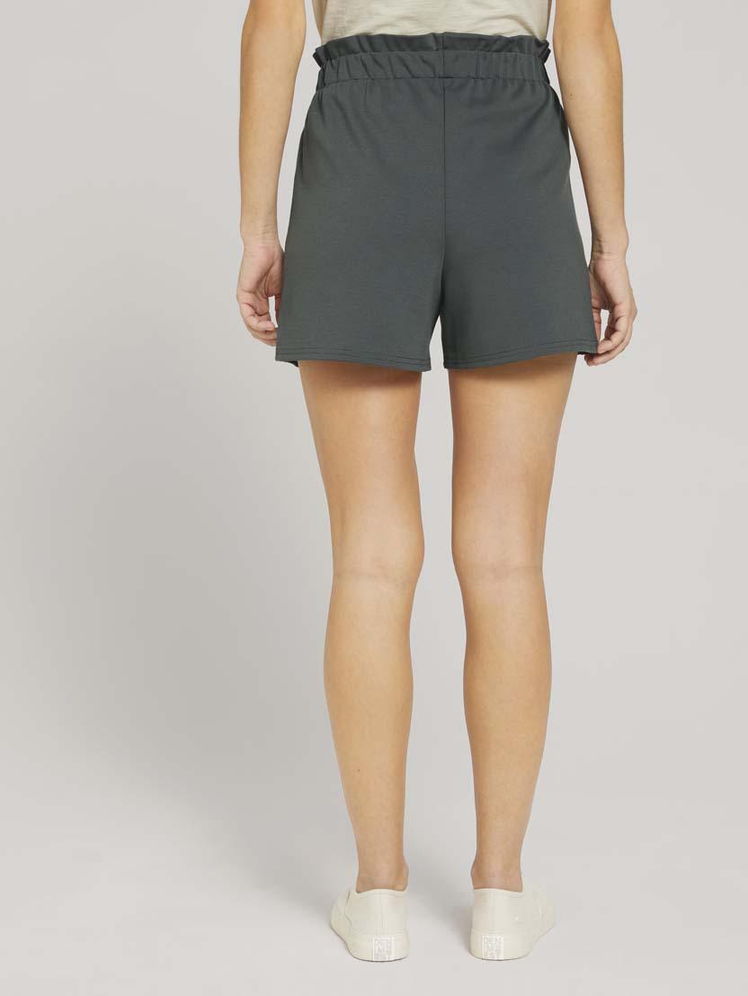 Ohlapne kratke hlače z vrvico v pasu - Zelena_8899157