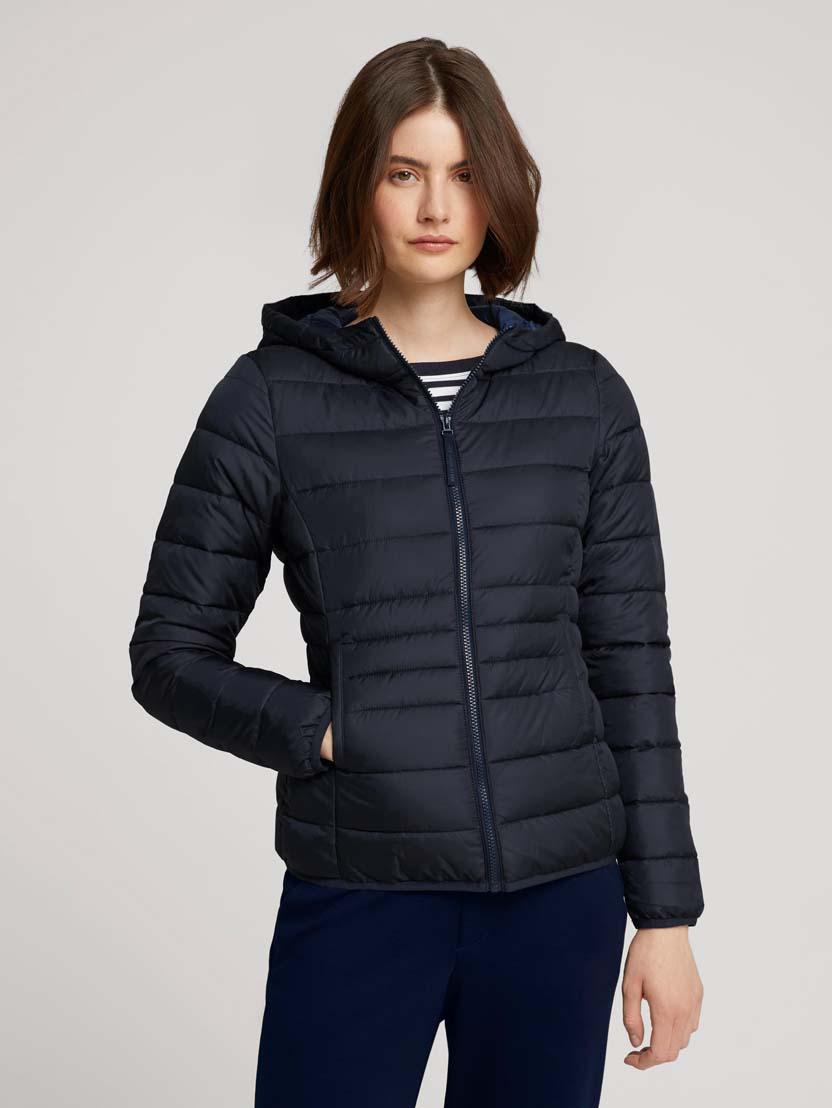 Prešita lahka jakna s kapuco - Modra