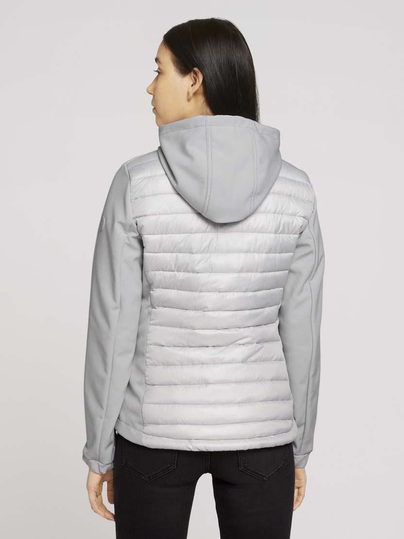 Prešita softshell jakna v hibridnem slogu s kapuco - Siva_8667683